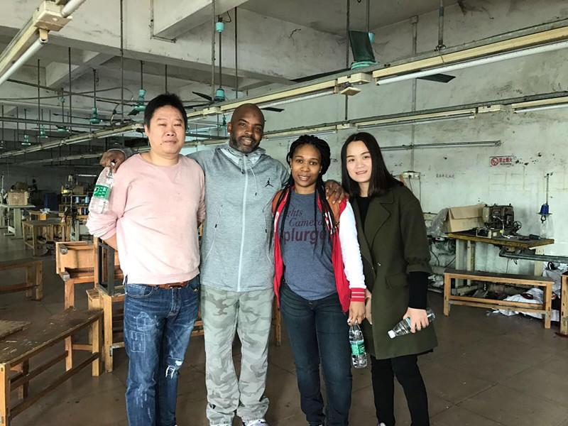 Customer visiting Xincheng Jeans Factory