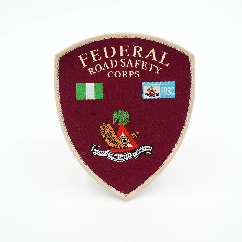 Factory direct sale irregular shape custom name over lock border woven patch